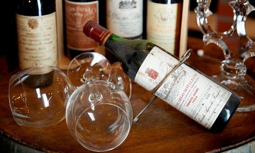 Edle Tropfen aus dem Weinkeller